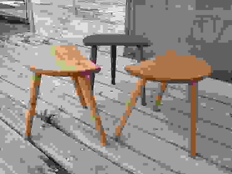ミルキングスツール: 木工家具 ゆずりはが手掛けたカントリーです。,カントリー 木 木目調