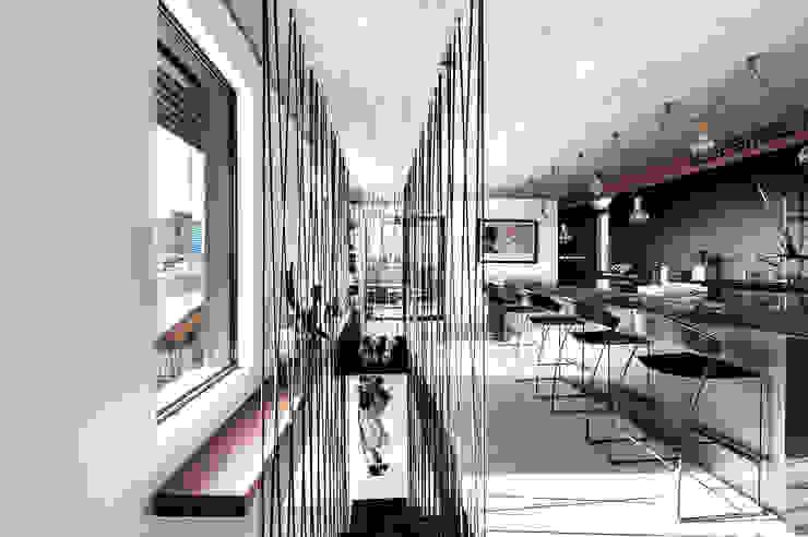 Duplex Penthouse in Tel Aviv Cuisine minimaliste par toledano + architects Minimaliste Métal