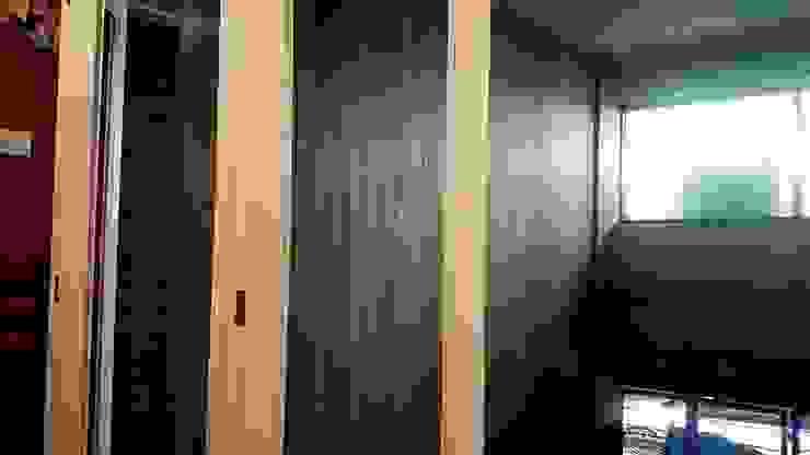 paredes Paredes y pisos de estilo clásico de Jose Carlos Lopez Clásico