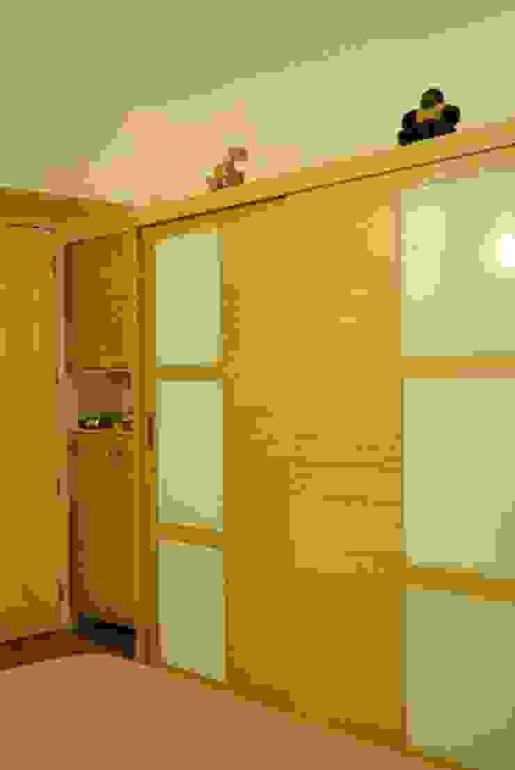 Duplex Apartment Modern style bedroom by Construction Associates Modern