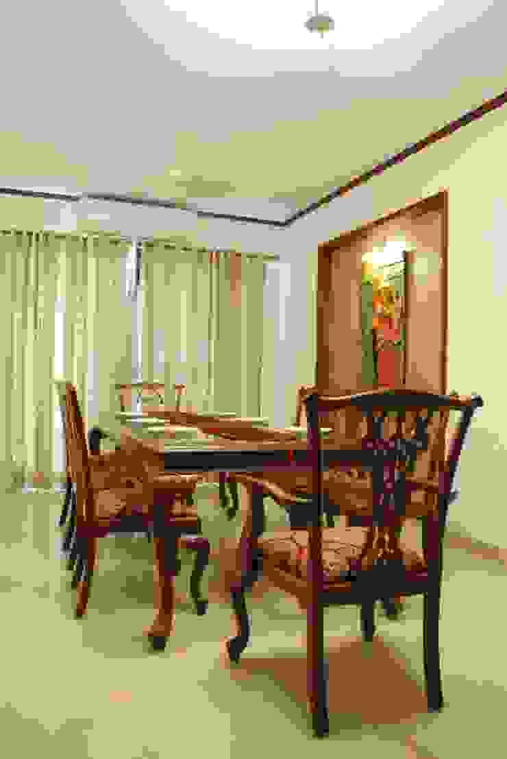 Duplex Apartment Modern dining room by Construction Associates Modern