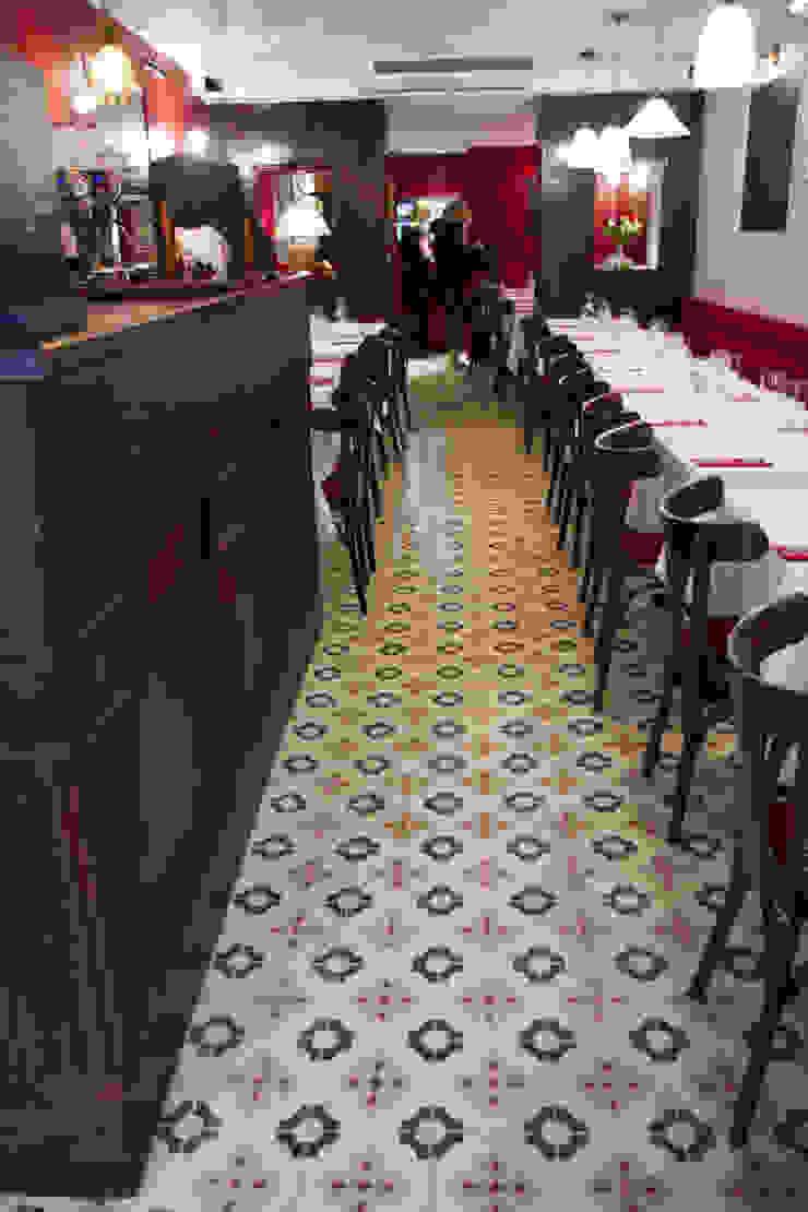 Mosaic del Sur Paredes y pisos de estilo clásico