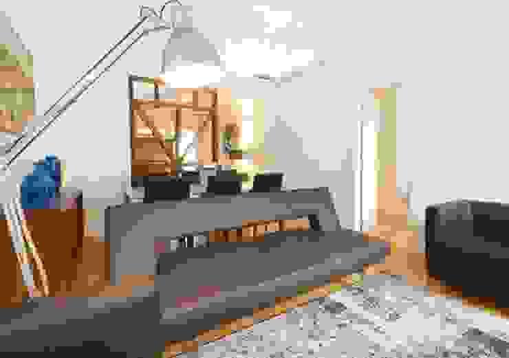 Living room by Pedro Ferro Alpalhão Arquitecto