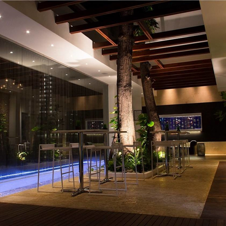 Restaurante & Lounge SANTRU de GMS ARQUITECTOS, C.A. Minimalista