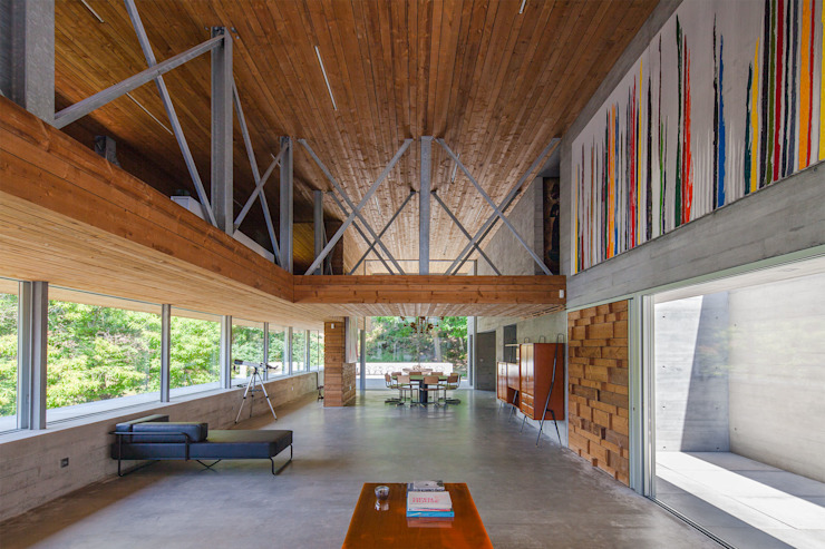 Livings modernos: Ideas, imágenes y decoración de Carvalho Araújo Moderno Hormigón