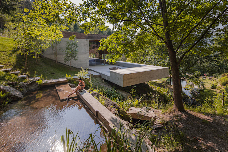 Modern houses by Carvalho Araújo Modern Concrete