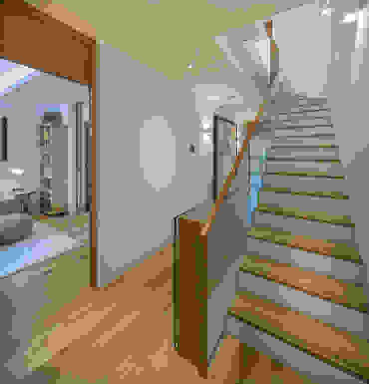 Argyll Place - Hallway Modern corridor, hallway & stairs by Jigsaw Interior Architecture Modern