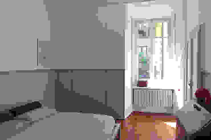 SAFFI VILLETTA Camera da letto minimalista di 02arch Minimalista
