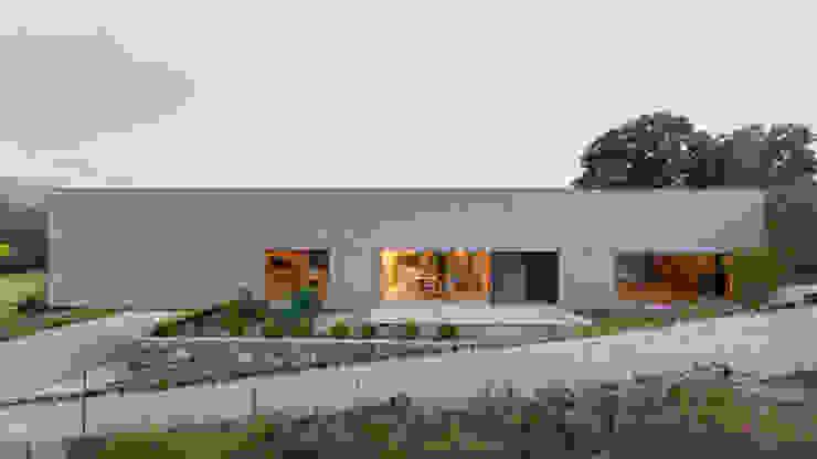 Habitação Unifamiliar Monte dos Saltos: Casas  por olgafeio.arquitectura,