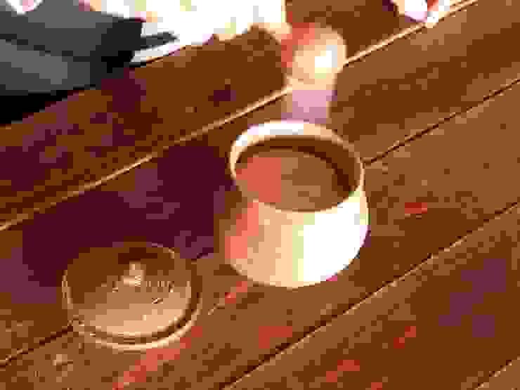 salt pot – 塩壷: 川尻製陶所 - kawajiri Earthenware Factoryが手掛けたアジア人です。,和風 陶器