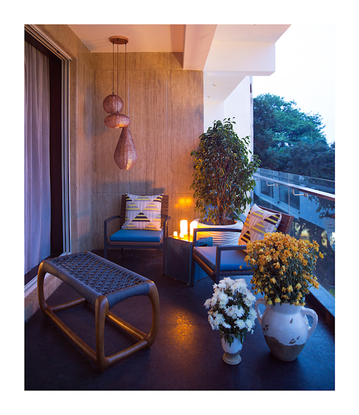 Apartment in Chennai Eclectic style balcony, veranda & terrace by Rakeshh Jeswaani Interior Architects Eclectic