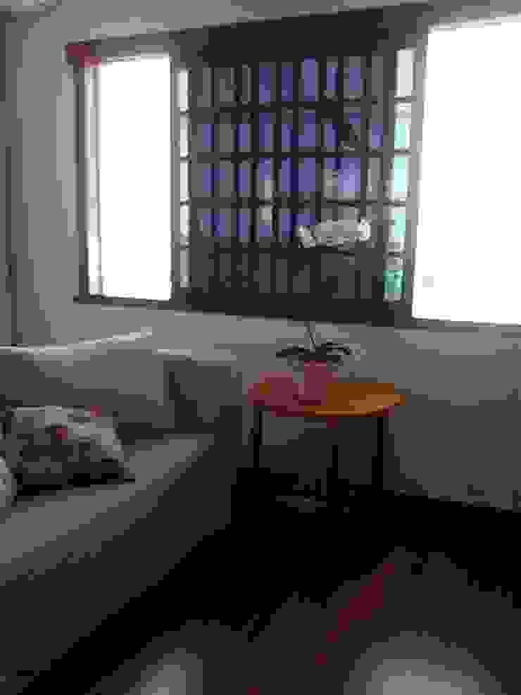 sala de convivência Salas de estar modernas por Margareth Salles Moderno