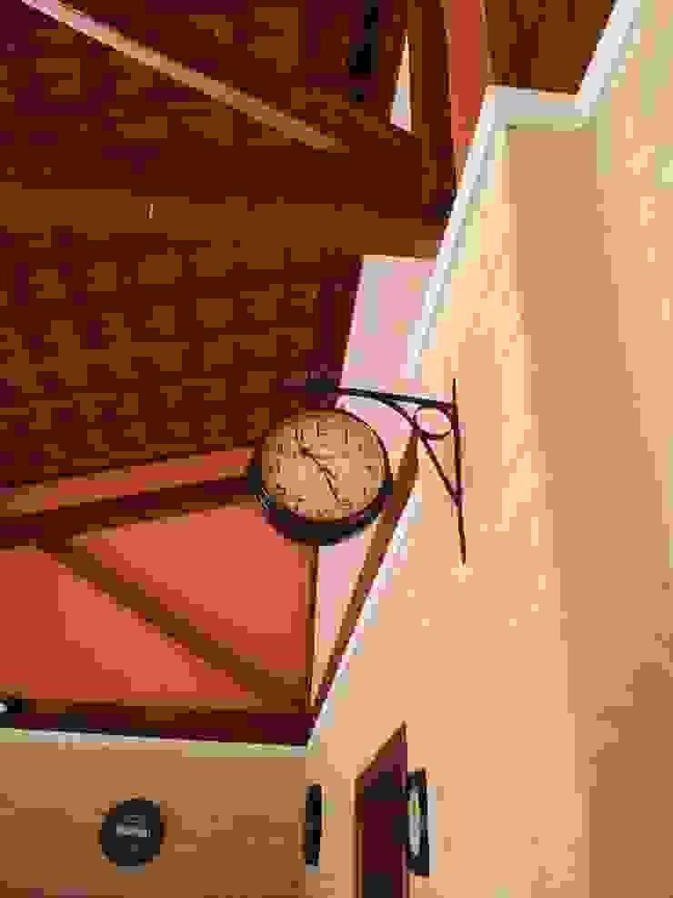 Relógio de parede por Arquiteto Lucas Lincoln Campestre
