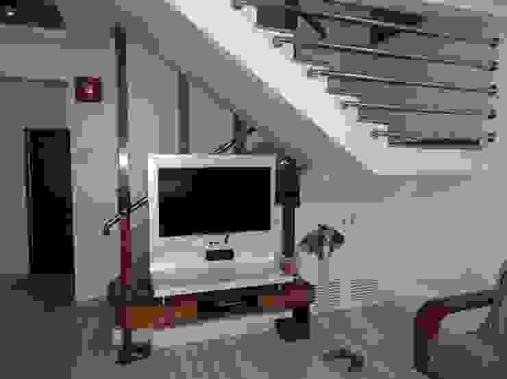 Interior Designs Modern living room by vastu_interiors Modern
