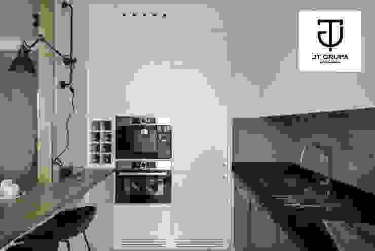GDAŃSK – Mieszkanie wakacyjne Eklektyczna kuchnia od JT GRUPA Eklektyczny