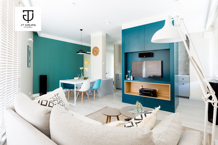 Scandinavian style living room by JT GRUPA Scandinavian