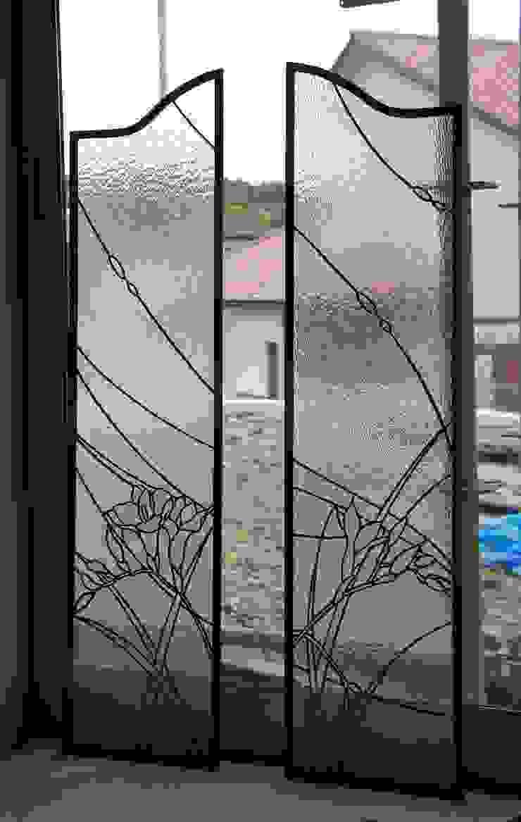 フリージア: タラ工房が手掛けた折衷的なです。,オリジナル ガラス