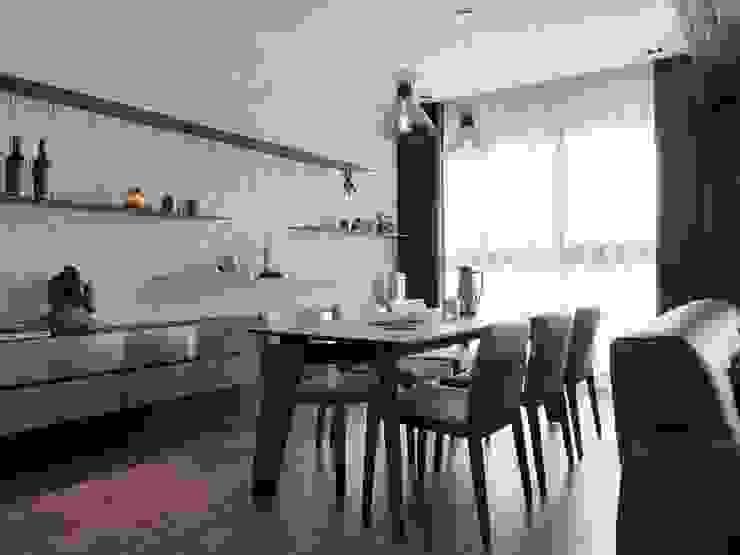 [HOME] Zinarea Interior Design 모던스타일 다이닝 룸 by KD Panels 모던 우드 우드 그레인