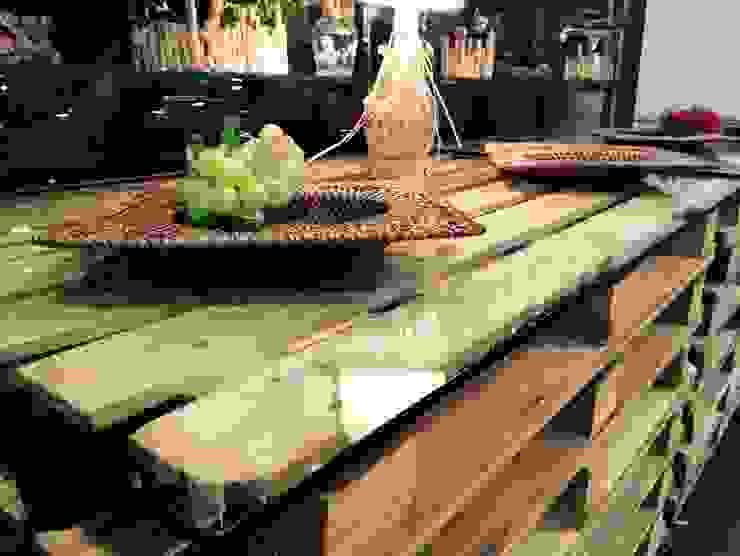 Tavolo in pallet arredo bar RicreArt - Italmaxitetto Cantina in stile rustico
