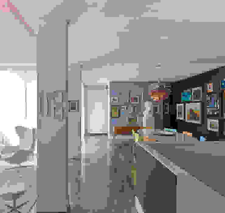 Casa Alessandra - soggiorno, sala da da pranzo Sala da pranzo in stile classico di Studio Carlo Dal Bianco Classico