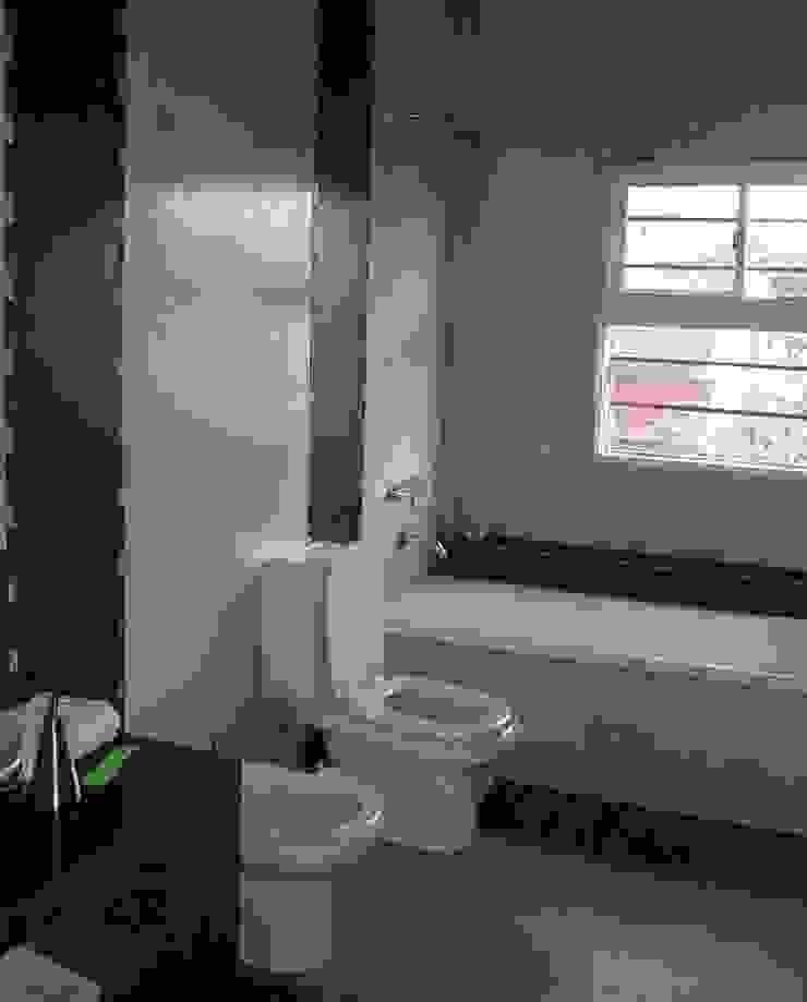 Moderne Badezimmer von AyC Arquitectura Modern