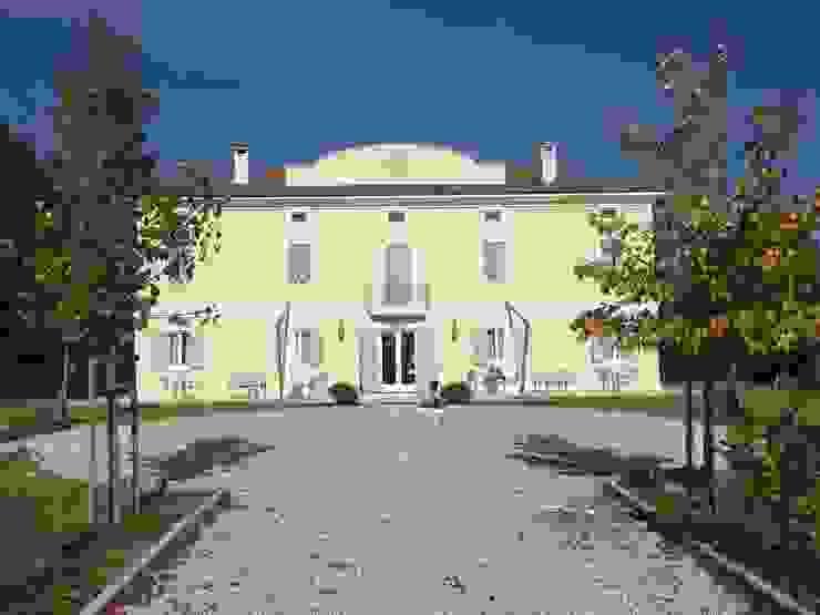 Country House Villa Pepoli Studio di Architettura Massimiliano Furini Hotel in stile classico