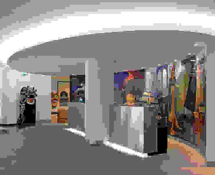 DELEGACÃO DE MACAU Centros de exposições modernos por Artica by CSS Moderno