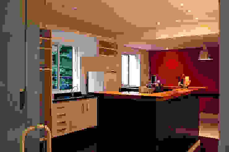 Espaço para aulas Espaços gastronômicos modernos por Politi Matteo Arquitetura Moderno