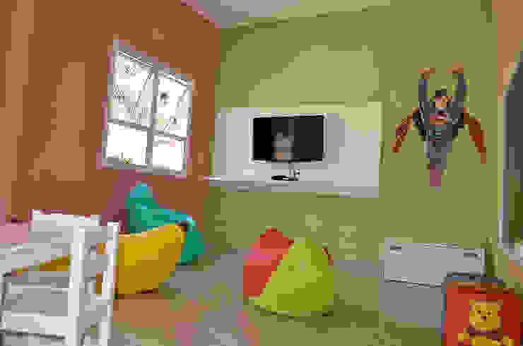 Modern nursery/kids room by MEM Arquitetura Modern