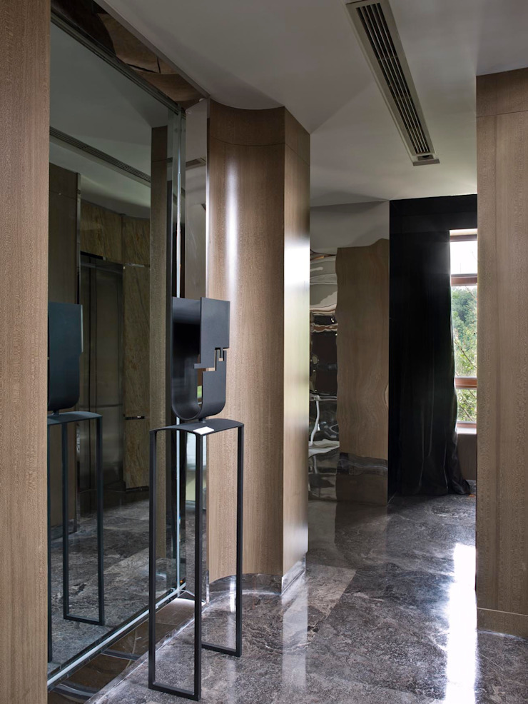 SA&V - SAARANHA&VASCONCELOS Pasillos, vestíbulos y escaleras de estilo ecléctico