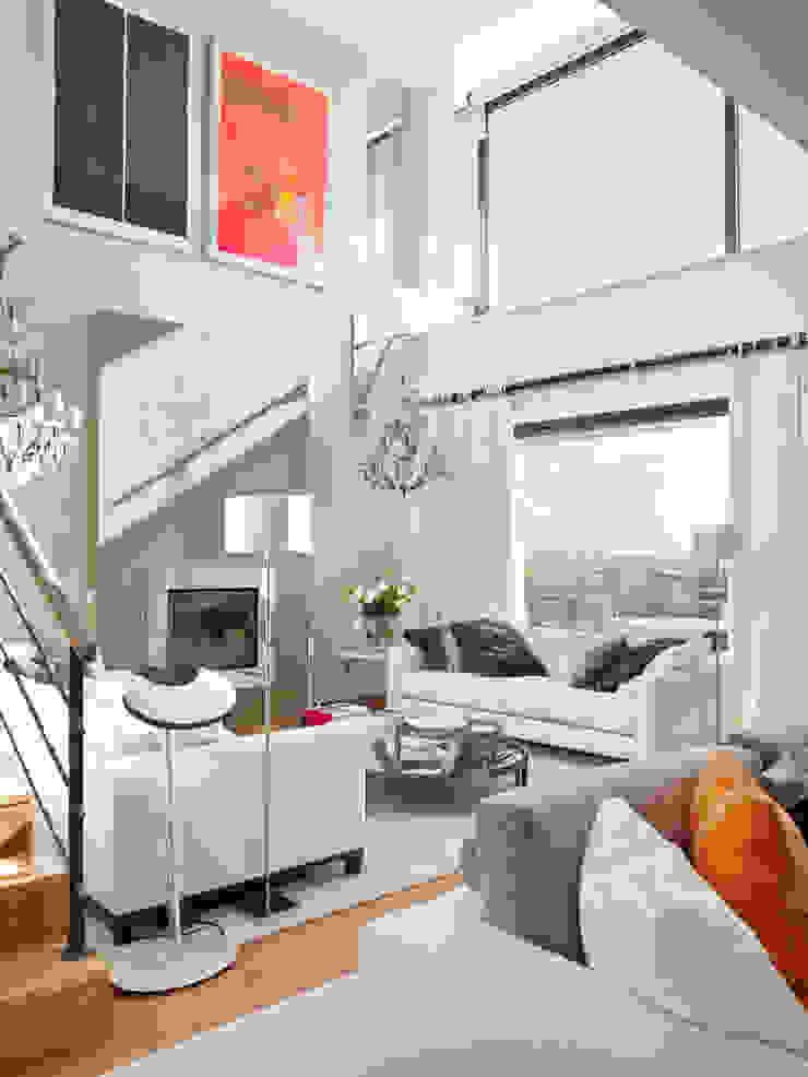 HOUSE OF PLEASURES Salas de estar modernas por SA&V - SAARANHA&VASCONCELOS Moderno