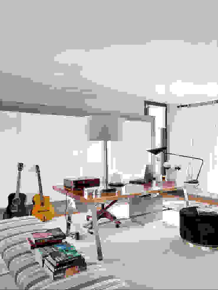 SA&V - SAARANHA&VASCONCELOS Oficinas de estilo moderno