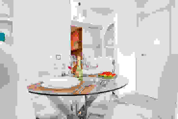 Scandinavian style dining room by Espacios y Luz Fotografía Scandinavian