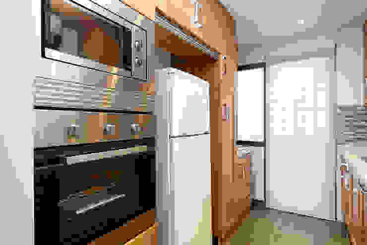 Modern kitchen by Espacios y Luz Fotografía Modern