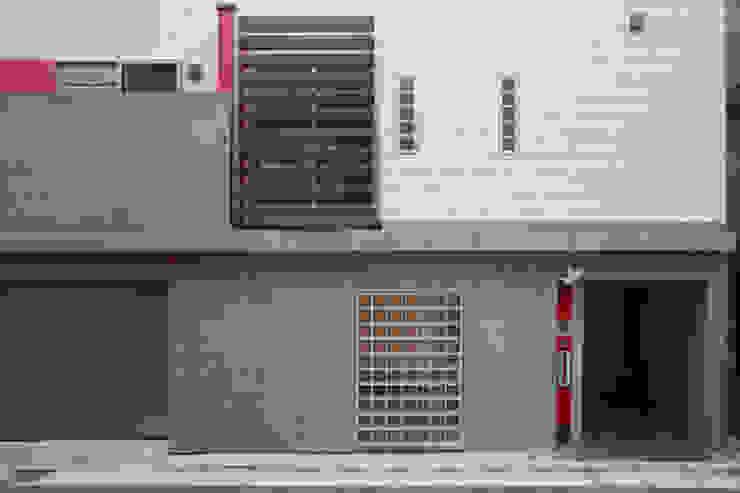 外観1 モダンな 家 の OARK一級建築士事務所 モダン