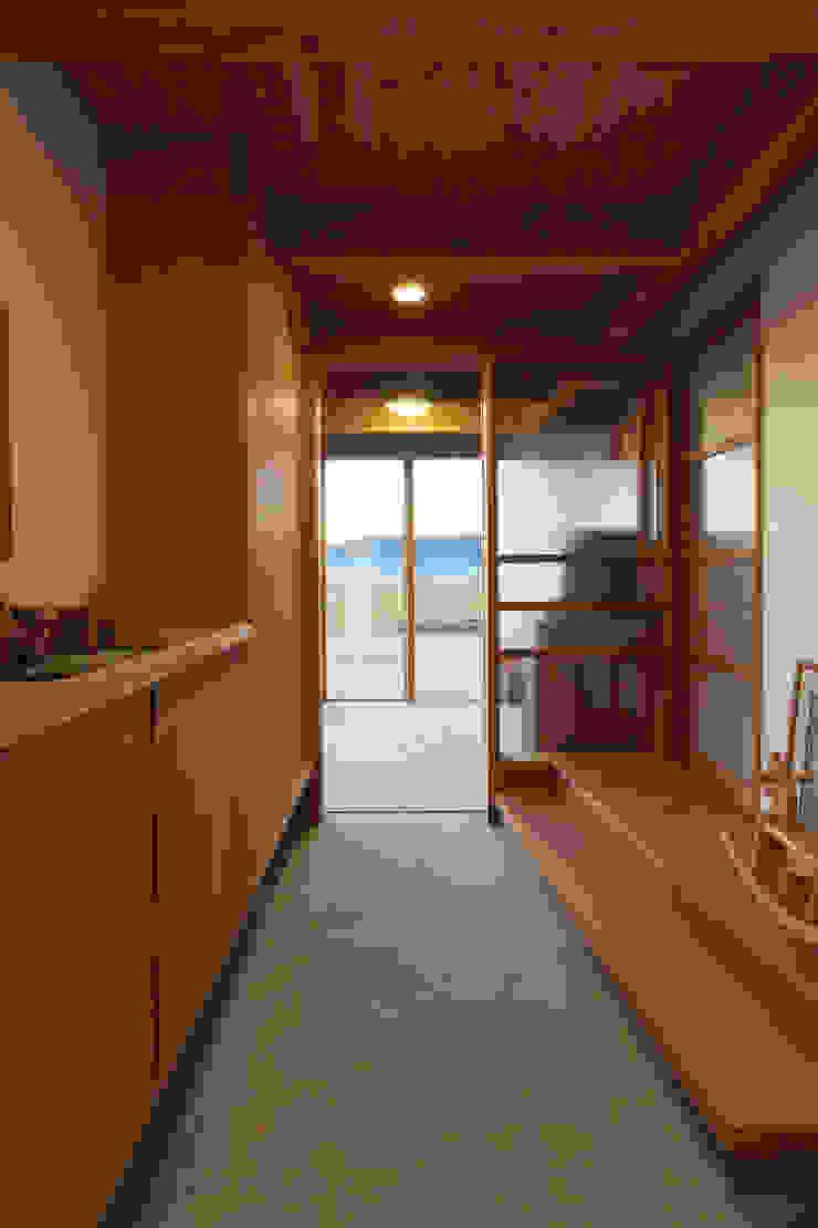 津屋崎の家 和風の 玄関&廊下&階段 の AMI ENVIRONMENT DESIGN/アミ環境デザイン 和風