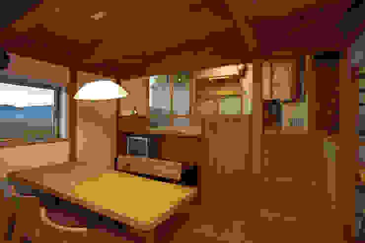 津屋崎の家 和風デザインの ダイニング の AMI ENVIRONMENT DESIGN/アミ環境デザイン 和風