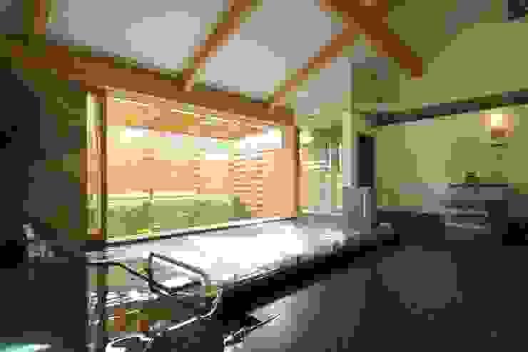 Aziatische spa's van AMI ENVIRONMENT DESIGN/アミ環境デザイン Aziatisch