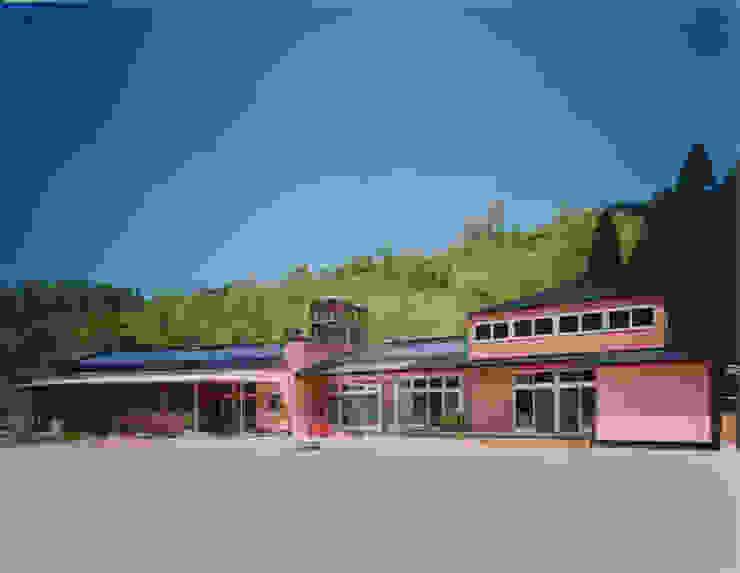 すぎっこ保育園 日本家屋・アジアの家 の AMI ENVIRONMENT DESIGN/アミ環境デザイン 和風
