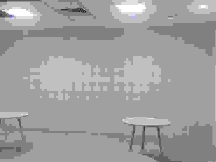 Tech Mahindra Office by C J Sheth & Co Modern
