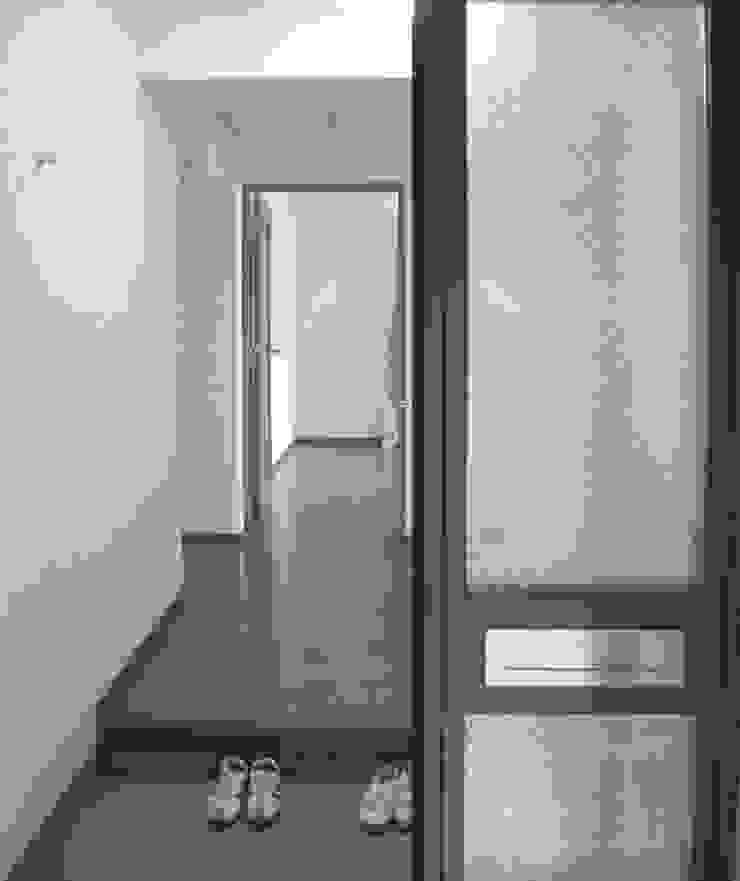 ビフォー・玄関 の 戸田晃建築設計事務所