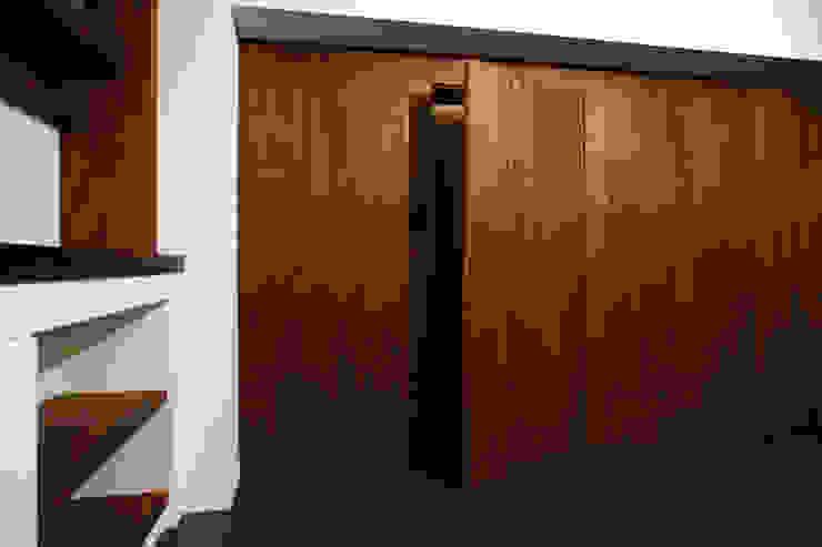 アフター・リビング壁 の 戸田晃建築設計事務所