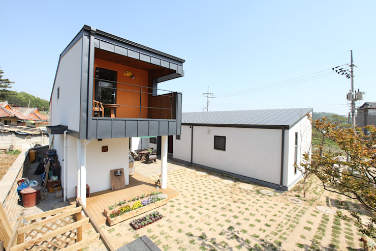 ㄷ자형 중정주택 모던스타일 주택 by 주택설계전문 디자인그룹 홈스타일토토 모던