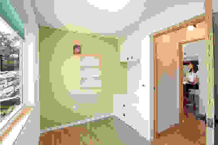 Moderne Schlafzimmer von 주택설계전문 디자인그룹 홈스타일토토 Modern
