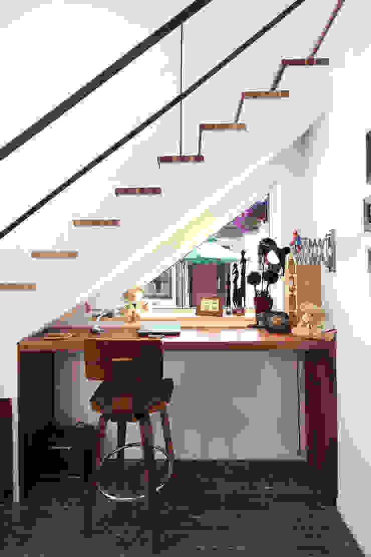 Moderne Fenster & Türen von 주택설계전문 디자인그룹 홈스타일토토 Modern