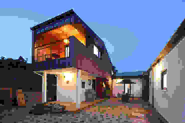 화성 봉가리주택 야경 모던스타일 주택 by 주택설계전문 디자인그룹 홈스타일토토 모던