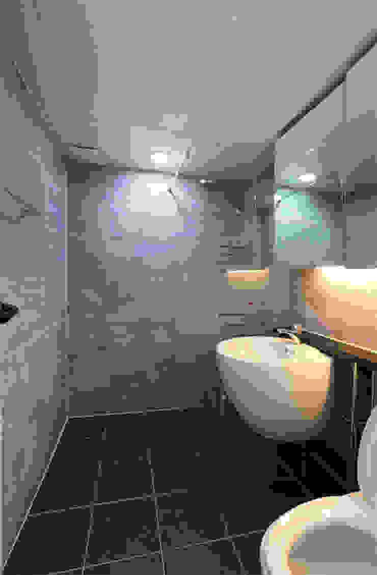 인천 우성아파트 24평 인테리어 모던스타일 욕실 by 금화 인테리어 모던