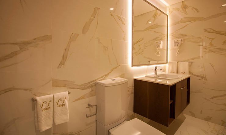Flores Village Hotel & Spa – Works by Glassinnovation por Glassinnovation Illusion Magic MirrorTV Moderno