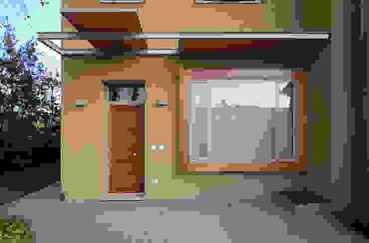 STUDIO DI ARCHITETTURA RAFFIN Moderne Fenster & Türen Holz