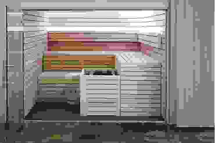 Sauna Finlandesa Geneve | Finnish Sauna by Inbeca de INBECA Wellness Equipment Moderno